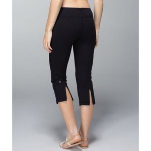 lululemon Gather and Grow Crop Black Size 6